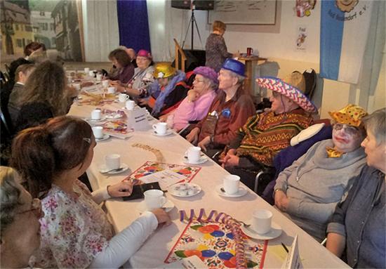 Senioren des Maranatha besuchten die KG Rievkooche