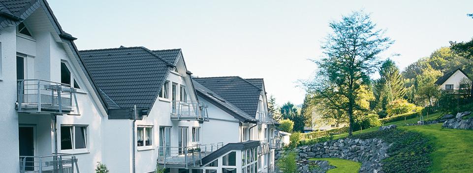 Das Maranatha bietet mit seinen verschieden strukturierten Häusern Möglichkeiten einer selbstständigen Lebensführung mit dem Komfort individueller Serviceleistungen.