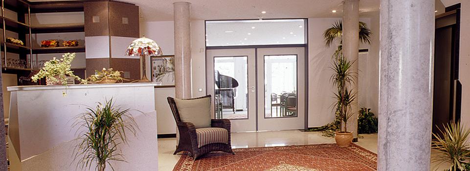 Die Residenz bietet die Möglichkeit einer selbstbestimmten Lebensführung auf hohem Niveau und mit einigen besonderen Privilegien.