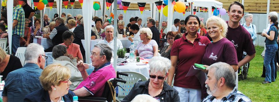 Regelmäßig stattfindende Feste und gemeinsames Feiern gehören fest in unser Programm! Maranatha SeniorenZentrum.